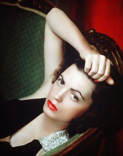 Vintage Glamour Girls: Faith Domergue