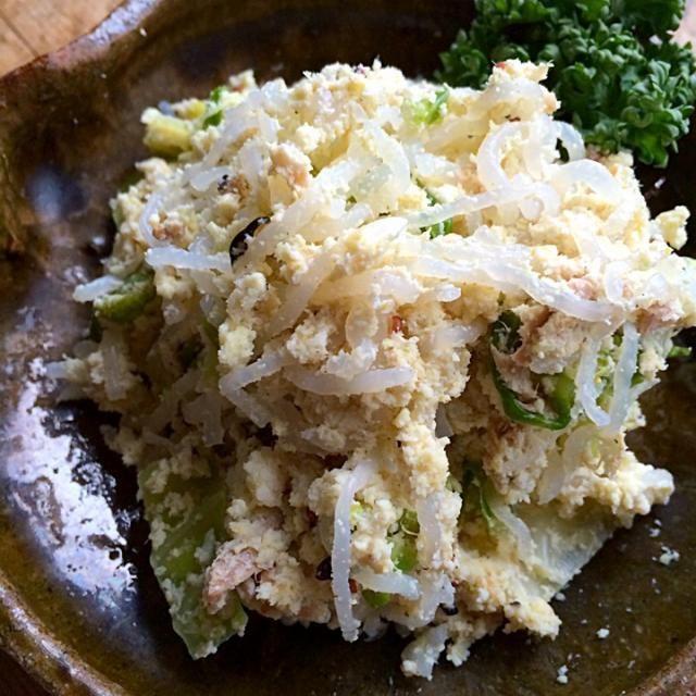 オカラのポテトサラダ風にしらたきと茹でキャベツを混ぜたサラダ‼︎ 昼まで持つかな⁈ - 92件のもぐもぐ - 糖質制限ダイエットな朝ごはん‼︎ by giacometti1901