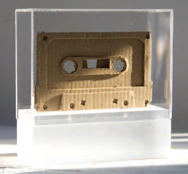 Autor: Eduardo Balanza // Espana // Sin sonido // Carton y plexiglass.