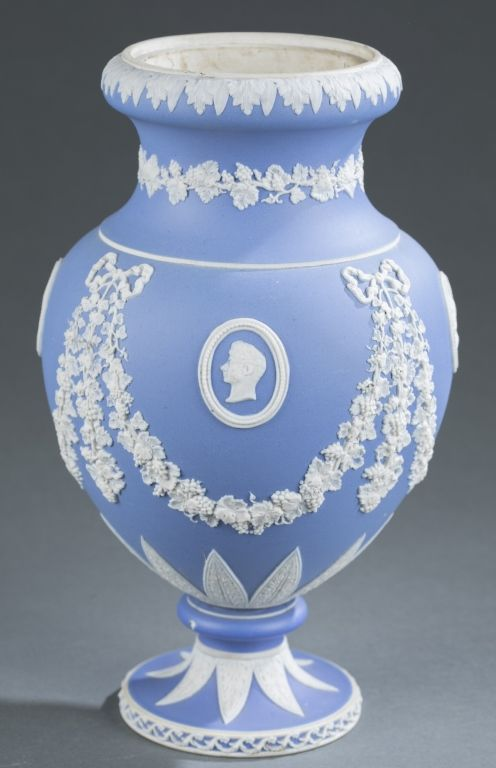 284 Wedgwood Jasperware Vase With Cameos In Pale Blue And White C