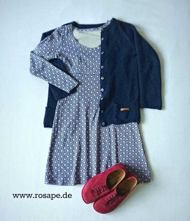das @rosape.de BASIC-KLEID aus dem rosa p. Buch #einschnittvierstyles, über www.rosape.de