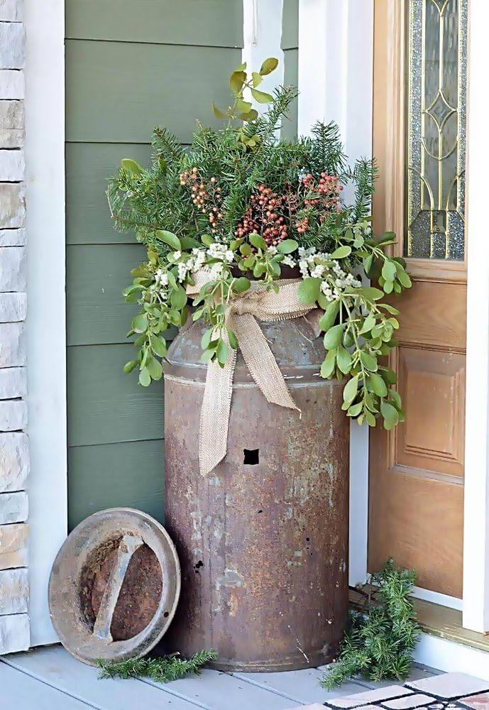 25 Precise Outdoor Planter Decoration Ideas For Christmas Decoarchi Com Outdoor Holiday Planters Holiday Planter Rustic Outdoor Decor