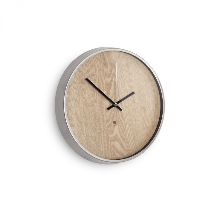 Umbra | Madera - wall clock (natural) | Ø 31.8 cm | design by Alan Wisniewski Designer: Alan Wisniewski (Inspired by classic look of Moma Clock (Crate&Barrel).