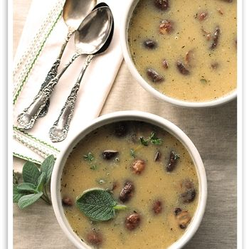 White bean and Roasted Mushroom Soup, I want to make this!!!