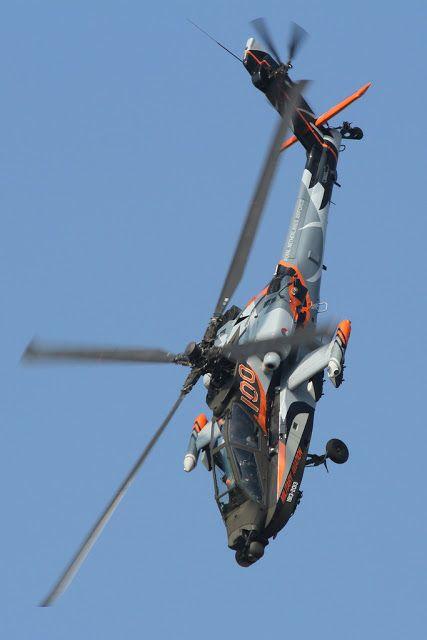 Real Federación Holandesa Fuerza Aérea AH-64.