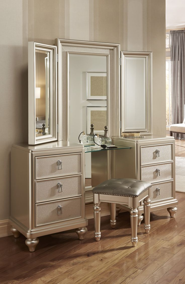 I really want this for my room for my new bedroom set My Diva #Vanity #Dresser & Stool has a platinum finish, a tri-view #mirror, and an upholstered stool with hidden storage. The spacious drawers are decked out with fancy hardware, felt lined top drawers and even cedar lined bottom drawers!