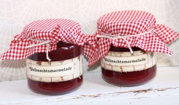 Hallo, ich habe mal wieder Marmelade gekocht, um genau zu sein Weihnachtsmarmelade und ein bisschen mit einem Bildbearbeitungsprogra...