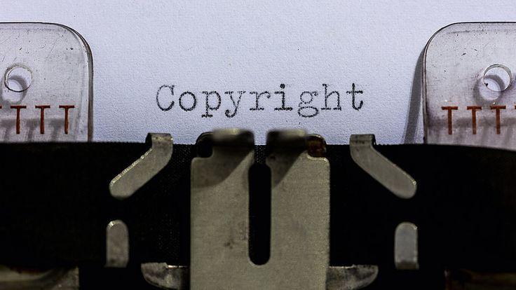 ça pourrait servir à certains : Droits d'auteur, exceptions, licence libre : un guide complet https://www.actualitte.com/article/monde-edition/droits-d-auteur-exceptions-licence-libre-un-guide-complet/84043?utm_campaign=crowdfire&utm_content=crowdfire&utm_medium=social&utm_source=pinterest