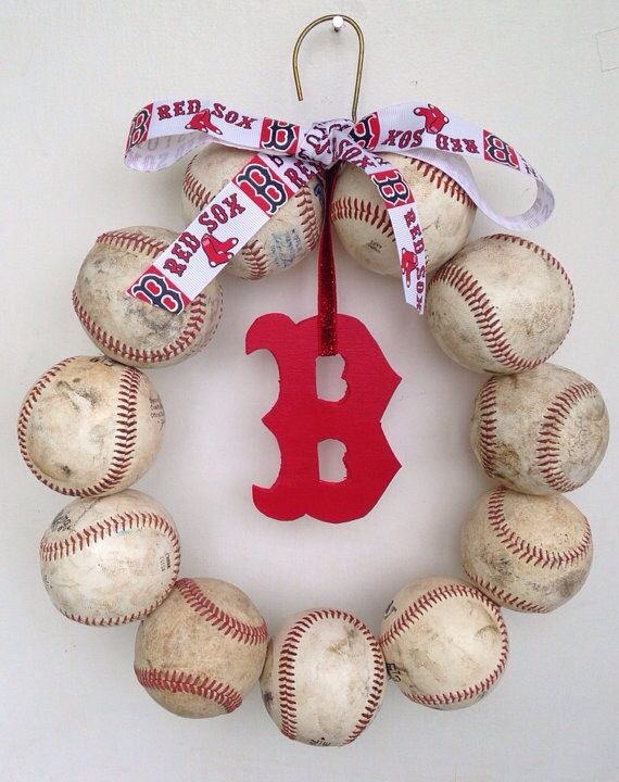 Boston Red Sox wreath @Juliana * * Canevascini let's make these http://www.feelingalittlelunchy.com/2013/05/feeling-little-craftybaseball-wreath.html?m=1