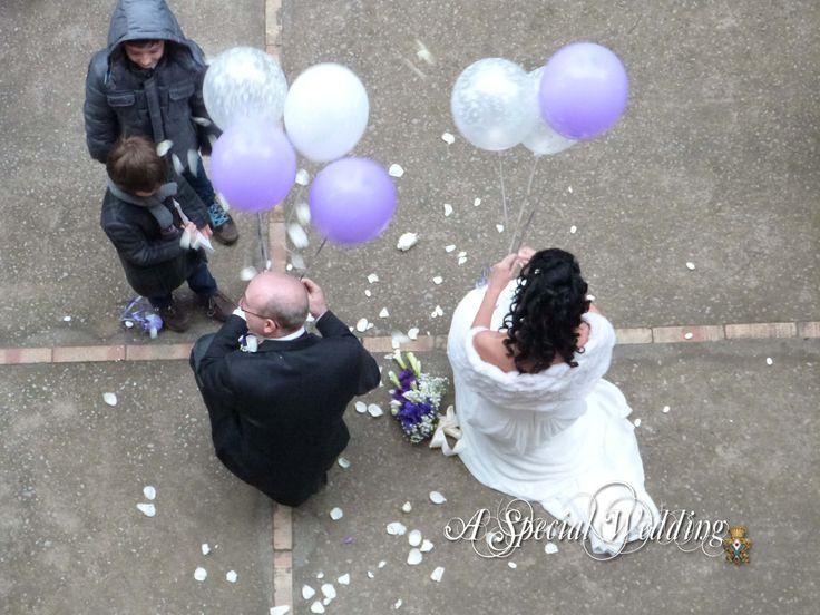Il lancio dei palloncini www.facebook.com/matrimoni.museocorreale
