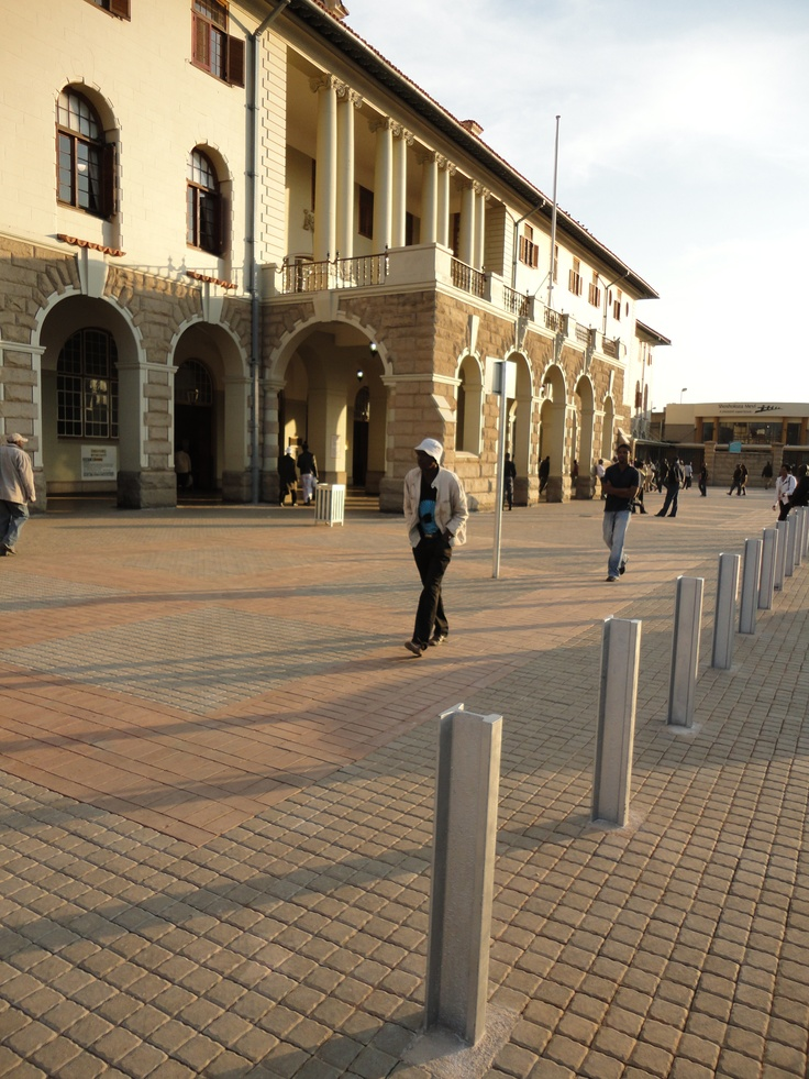 2010 - Pretoria Station Historical Forecourt restoration @ Pretoria Main Station and Gautrain station - Reuse of old railway tracks as bollards in front of Station Building