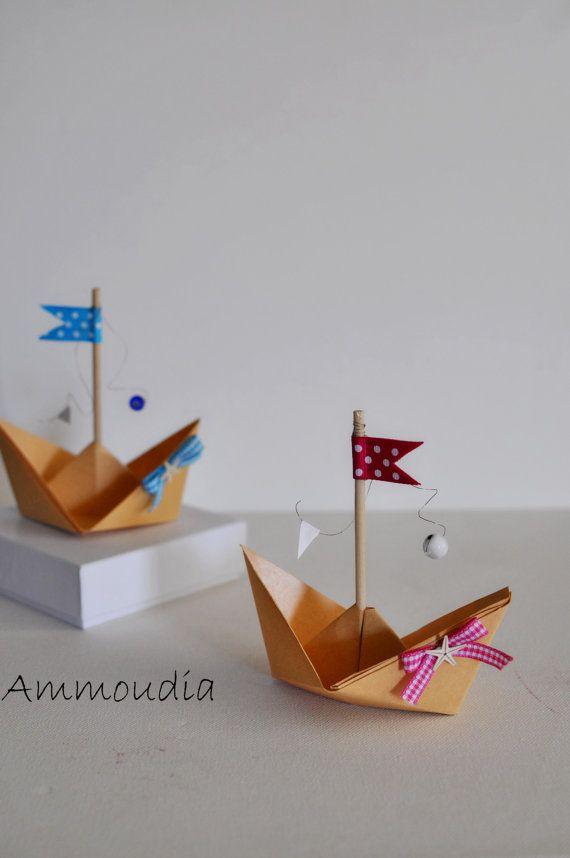 Spiaggia nozze favori-origami barca a vela con nastri di AMMOUDIA