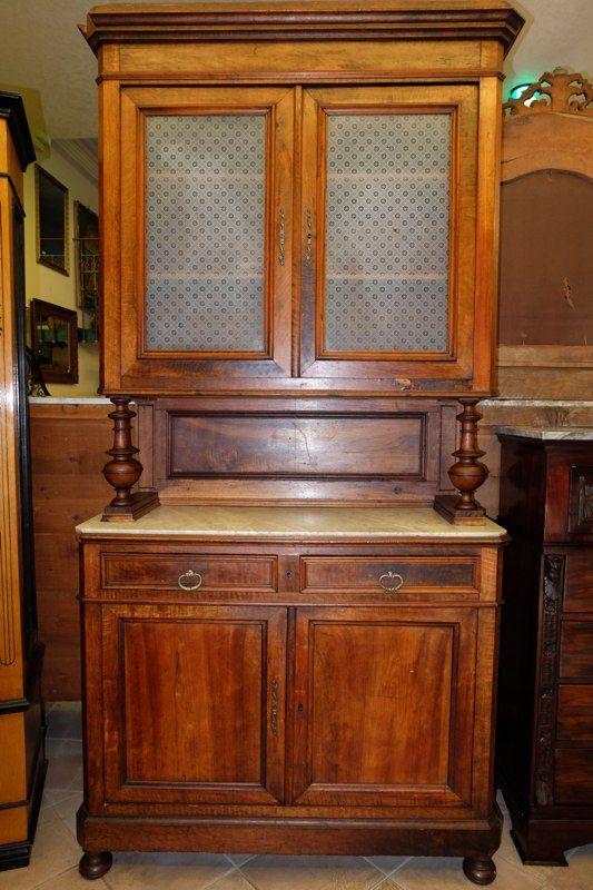 Credenza con alzata, composta da quattro ante e due cassetti, vetro satinato, da restaurare, periodo '800.