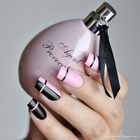 Accurate nails, Black and pink nails, Business nails, Elegant nails, Exquisite nails, Feminine nails, Long nails, Nail art stripes
