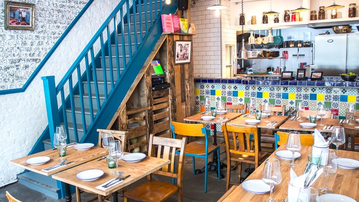Santo Remedio is an intimate taqueria and dining room in the heart of Shoreditch.