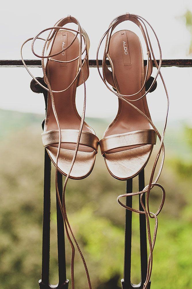 wedding shoes! lovely :-) #wedinflorence  #destinationweddings #tuscany @Wed in Florence @sebastiandavidbonacchi http://wedinflorence.com/