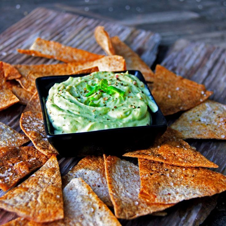 Creamy & Spicy Avocado Greek Yogurt Dip with Homemade Baked Tortilla Chips | A Bachelor and His Grill