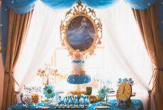 festa cinderella, festa meninas, festa princesas, mesa azul e dourado, princess party, cinderella party, girls party