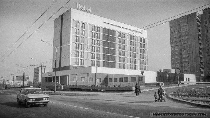 TYCHY - 1988 Hotel  FOT_IRENEUSZ KAZMIERCZAK