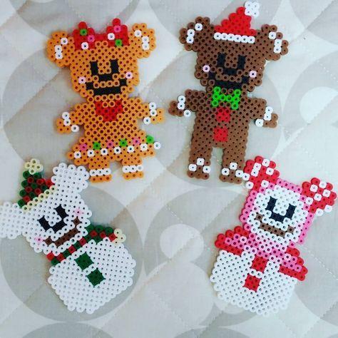 クリスマスディズニー行きたすぎて、作る笑 そのうちアイロンビーズで家の中の埋まりそう\(^o^)/♥ #スノーマウス #ディズニークリスマス #クッキーマン #クリスマスガーランド #アイロンビーズ