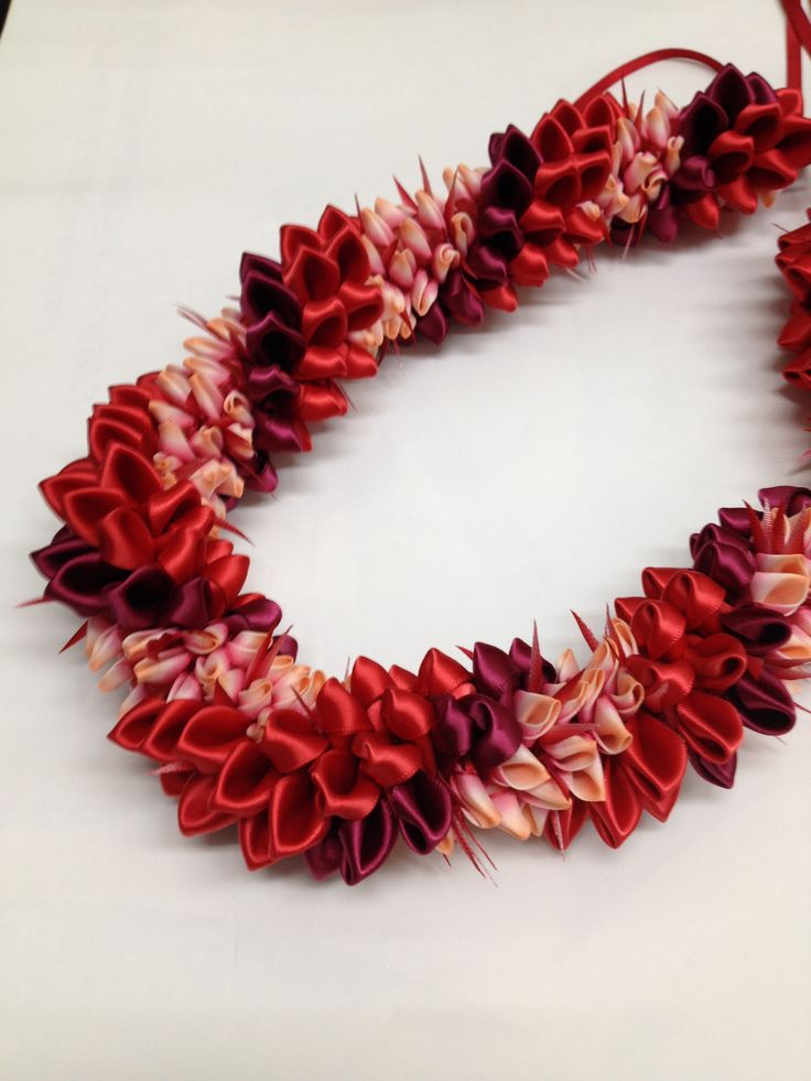 Red Ginger(Ribbon Lei) designed by Tracy Harada Ui'mauamau