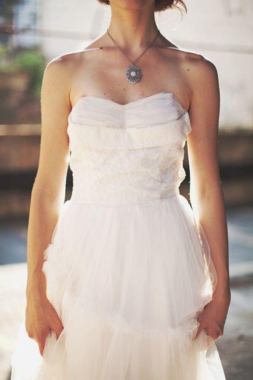 Beautiful rustic wedding dress Keywords: #weddings #jevelweddingplanning Follow Us: www.jevelweddingplanning.com  www.facebook.com/jevelweddingplanning/