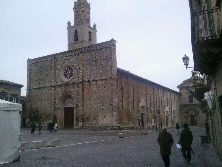 Piazza Duomo nel Atri, Abruzzo