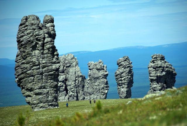 Печоро-Илычский заповедник – каменные столбы выветривания на плато Маньпупунер.
