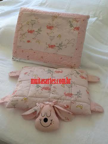 Manta almofada com travesseiro de bichinho