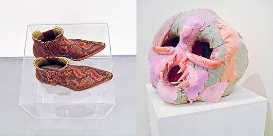 """Jewgienij Antufiew, """"Badanie materiału: absorpcja"""", 2012, widok wystawy, fot. A.Nabokina."""