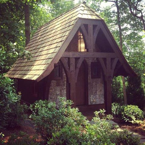 Very elegant potting shed garden sheds pinterest for Very small garden sheds