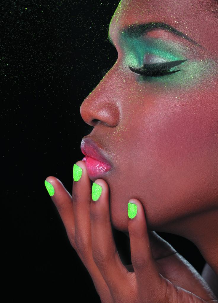 #nail #vert #biguine #makeup