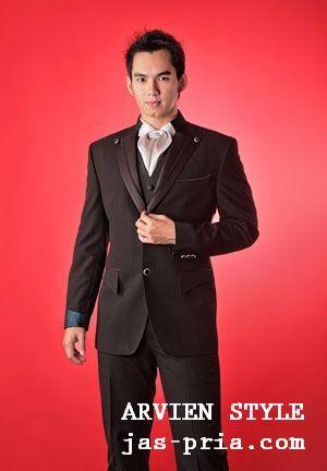 setiap tukang penjahit pakaian jas pria modern yang berpengalaman memiliki kemampuan dan keahliannya masing masing http://jas-pria.com
