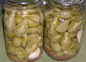 When you have green tomatoes left at the end of the season, this pickled green tomatoes recipe is a great way to use them up.