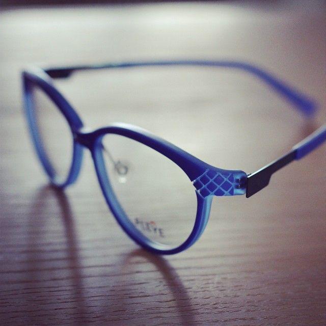 November sunlight #FLEYE #TwoTonedCollection #eyewear #glasses
