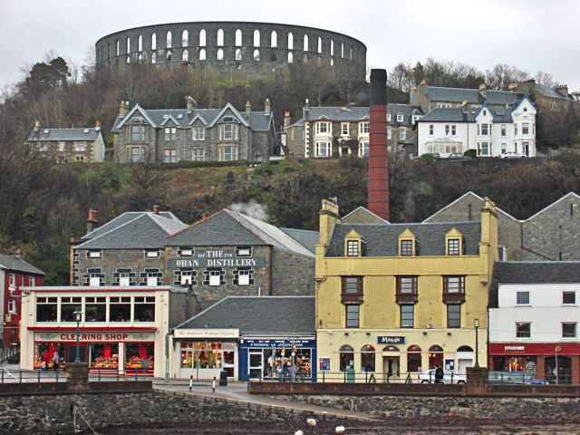This is brilliant, I was just a wee one when the town looked liked this! #oban #scotland #change