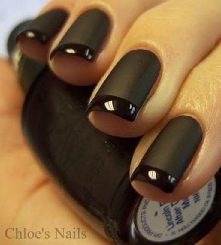 Zjawiskowe czarne paznokcie