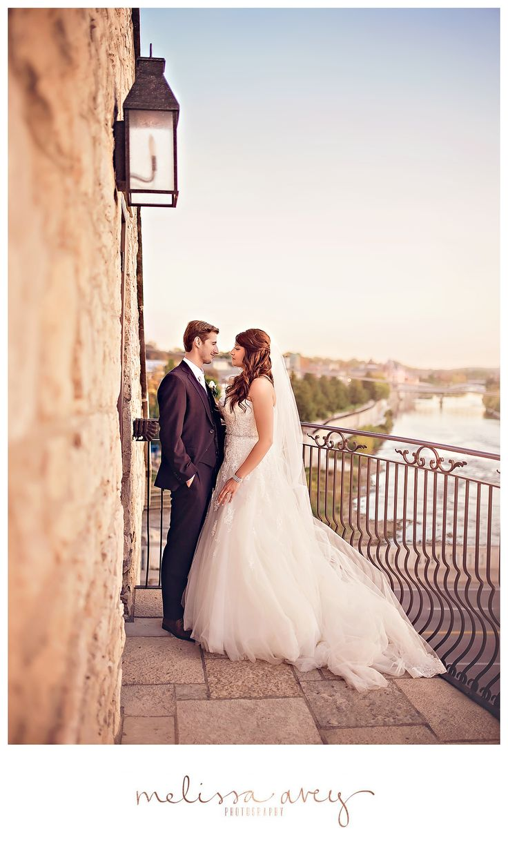 Award Winning Wedding Photographer From Cambridge Photographing Weddings In Kitchener Waterloo Hamilton Toronto And Destination