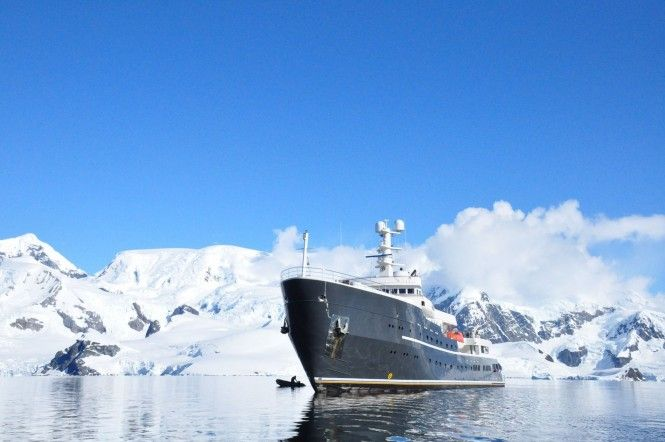 See Greenland's Northern Lights: Charter explorer yacht Legend