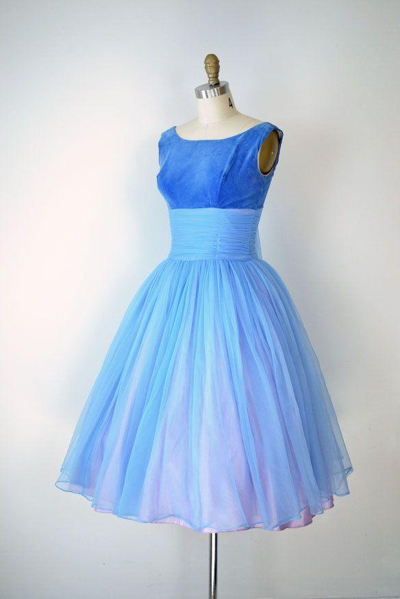 1950s Party Dress / 50s Full Skirt Blue Dress / Prom Dress