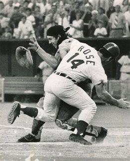 Google Image Result for http://bigmouthsports.com/wp-content/uploads/2010/06/pete-rose-ray-fosse-30-june-2010.jpg