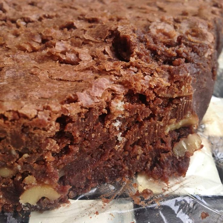 Years ago, my husband bought me Nigella Lawson's cookbook on a business trip. This would have been at least 10 years ago, and I devoured her cooking ideas. This is when I learned how to make chocolate brownies gluten-free, but at the time I didn't even know what gluten-free was.