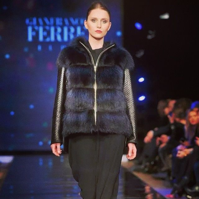 #nafa #fashionshow #warsaw #fur #model #catwalk #brownhair #black #tomorrow #home #im #unhappy #today #lifeisbrutal
