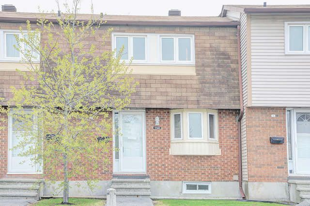 QUEENSWOOD S $219,900 Just unpack & enjoy! Well kept 3 bd on south fenced yd. Walk to most amenities. No need of a car. Neutral decor;Fin'd LL.Snow removal to the door & grass cutting.Perfect starter!