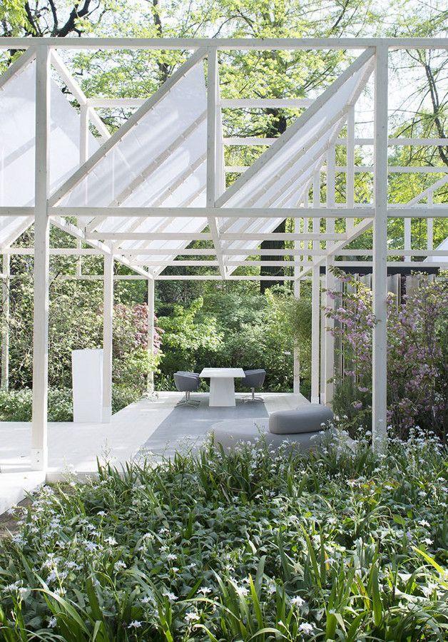 Laminam at the Botanic Garden of Brera - The attractive open-air installation 'Giardino Geometrico' @Laminam SpA