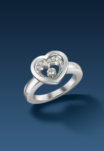 Very Chopard #ring with a sparkling moving diamond