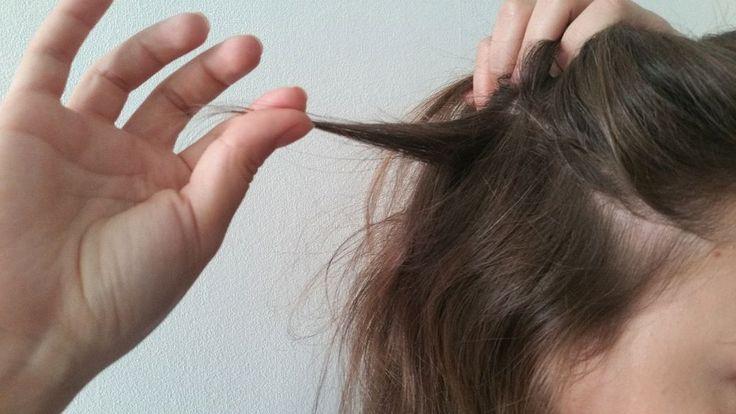 W dzisiejszym wpisie tematem będzie łysienie plackowate i to, czy włosy, które wypadły w związku z tą chorobą, odrastają. Nie będzie to wpis oparty na teorii, a na żywym przykładzie. Na pewno kojarzycie Kasię z ostatniego włosowego vloga: Tak, łysienie plackowate spowodowało problemy z włosami Kasi i obecny ich stan, który na szczęście poprawił się ...