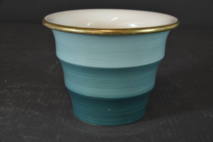 Flower pot by Nora Gulbrandsen for Porsgrund Porselen, H:11,cm, from Auksjonshallen