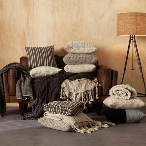 Cushions brown-grey