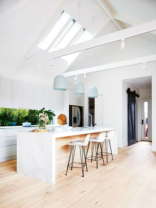 I was invited to step inside the charming renovated home of Deanne and Darren Jolly. The former Block contestants have been busy with their latest renovation project and completed this …
